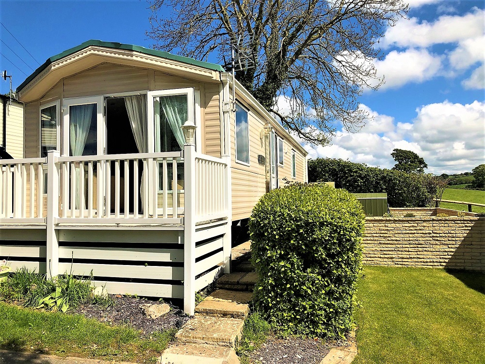 holiday homes for sale - exterior shot of Willerby Winchester