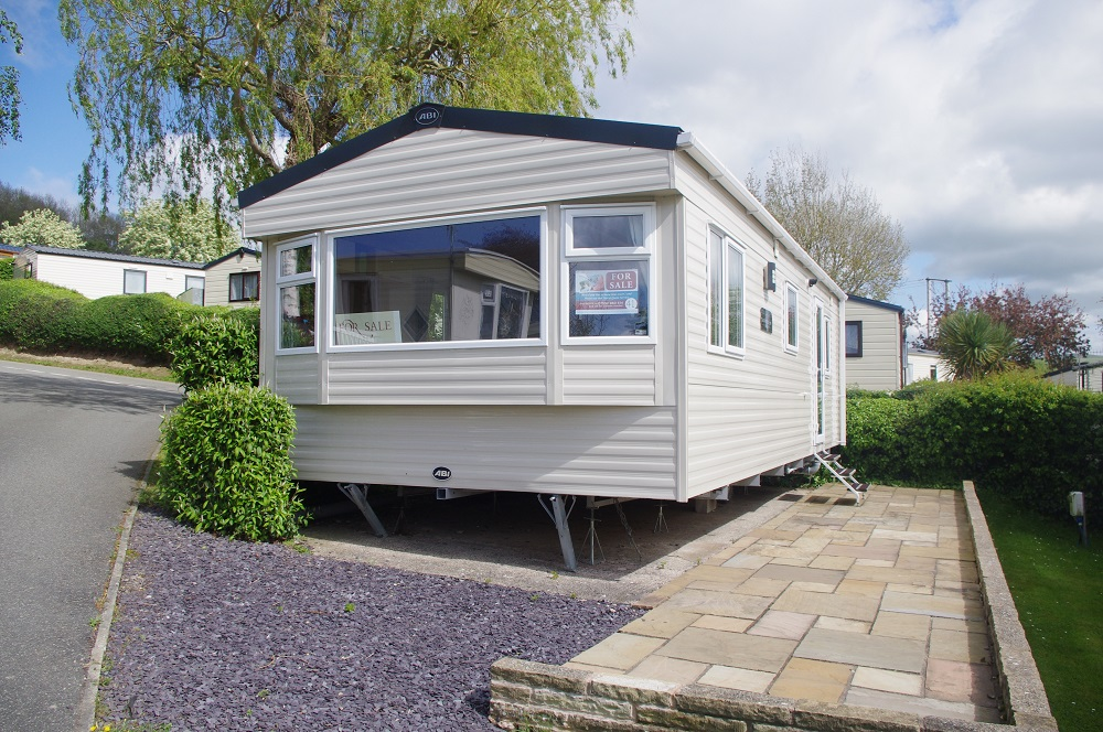 Summer Breeze Deluxe - exterior shot of holiday home